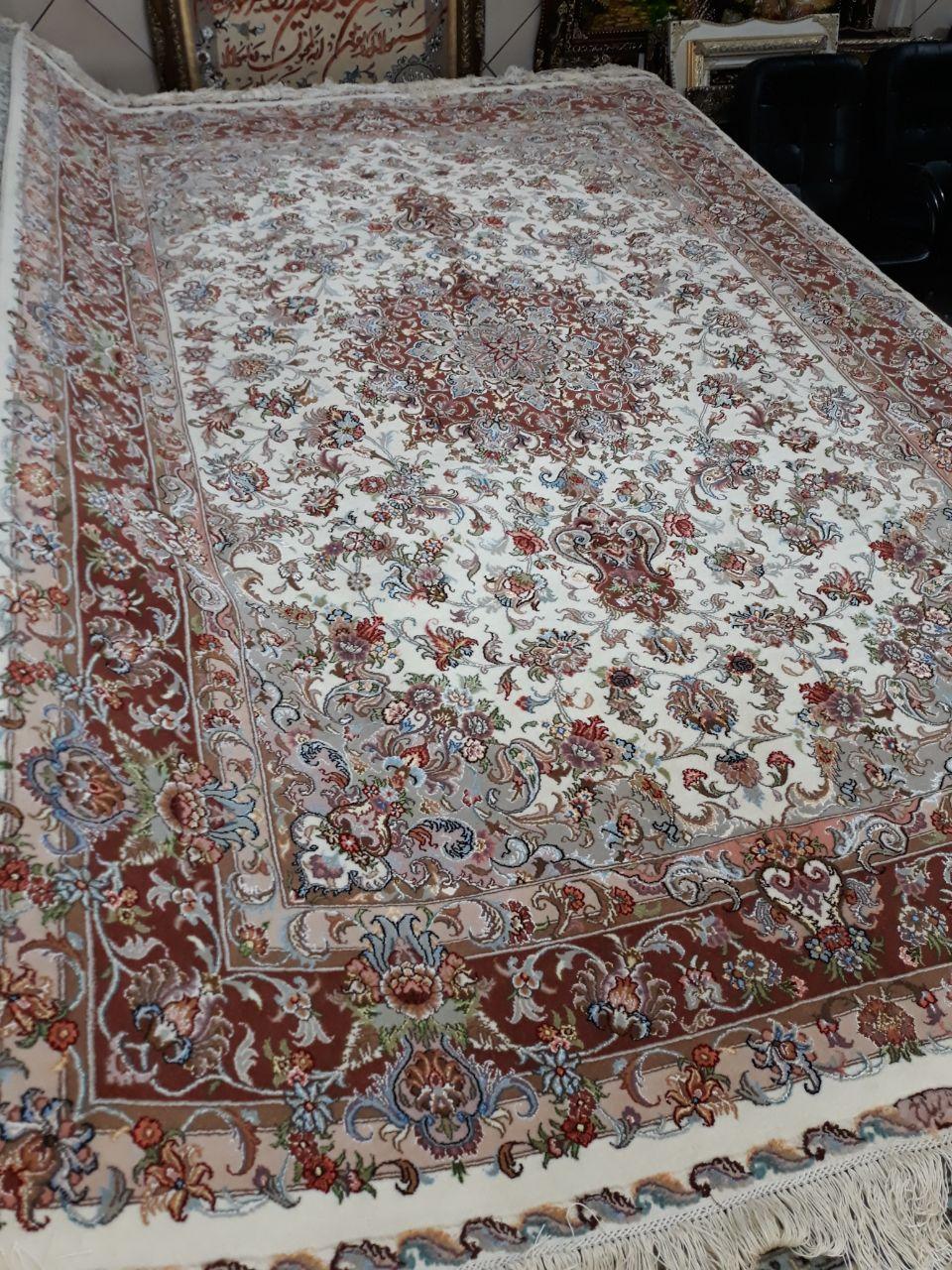 فرش دستباف جفت و تک ۶متری  طرح علیا چله و گل ابریشم تصویر